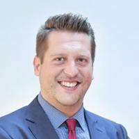 Hervé - Director of International Development (Service desk)