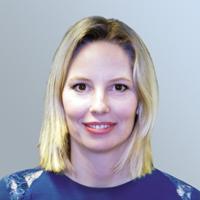 Tanya - Senior sales manager (Finance de marché)